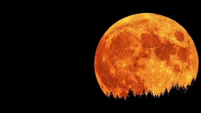 Lunar-Eclipse-moon