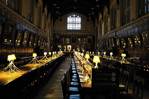 Dining hall harry potter a pilgrim in narnia for Salle a manger harry potter