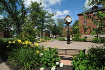 upei-campus-clock