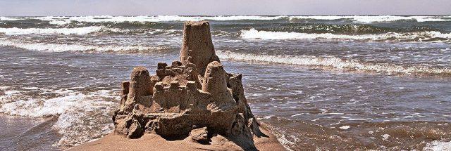 sand_castles-dissolving